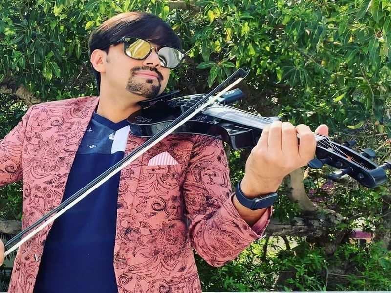 Aneesh Vidyashankar comes up with Genda Phool remix