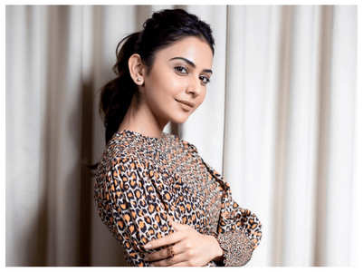 Rakul Preet helps 200 families living in slum