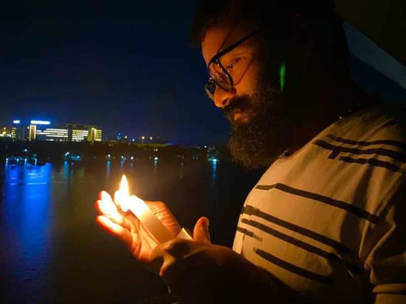 Modi's Diya Jalao appeal: Dulquer Salmaan, Jayasurya to many in Mollywood, light lamps and candles to dispel the Covid-19 darkness