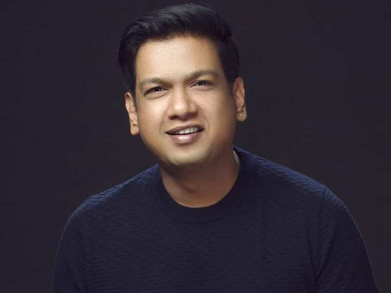 Singer-composer Vijay Prakash donates Rs 10 lakh to the CM Relief Fund to help those affected by COVID-19