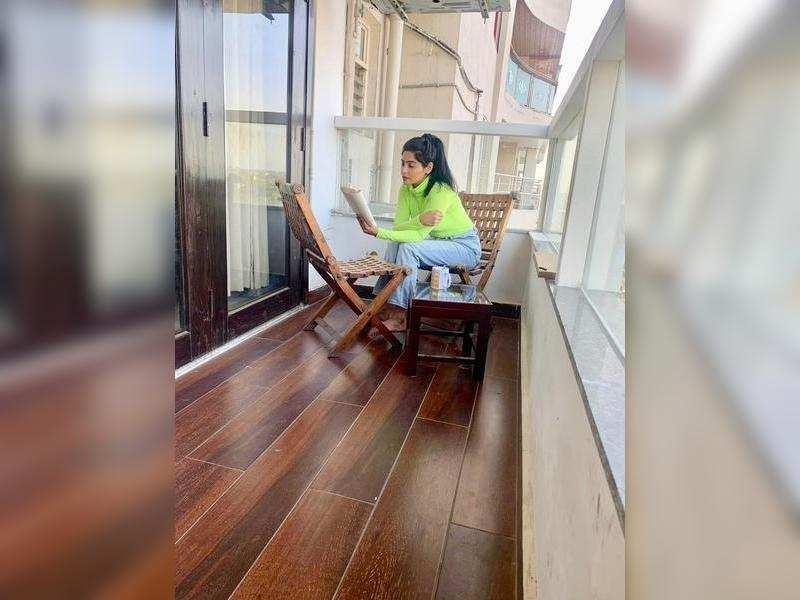Enjoying to read during this lockdown phase: Yukti Kapoor