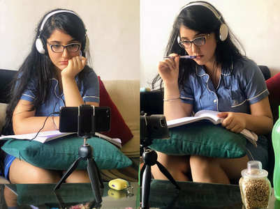 Ashnoor shares pics from her online classes