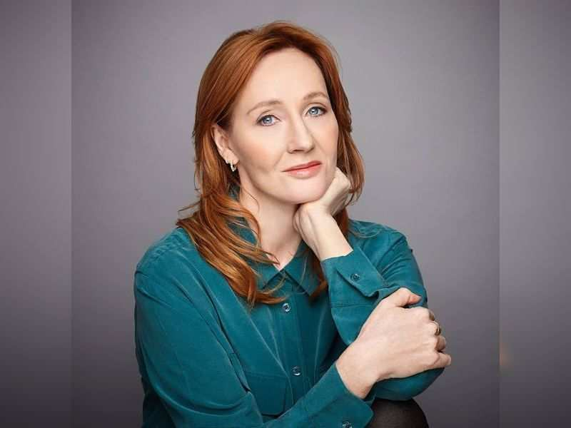Harry Potter' author J.K Rowling says fully recovered from likely  coronavirus - Times of India