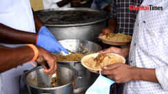 Sowripalayam society members provide non vegetarian food for needed people