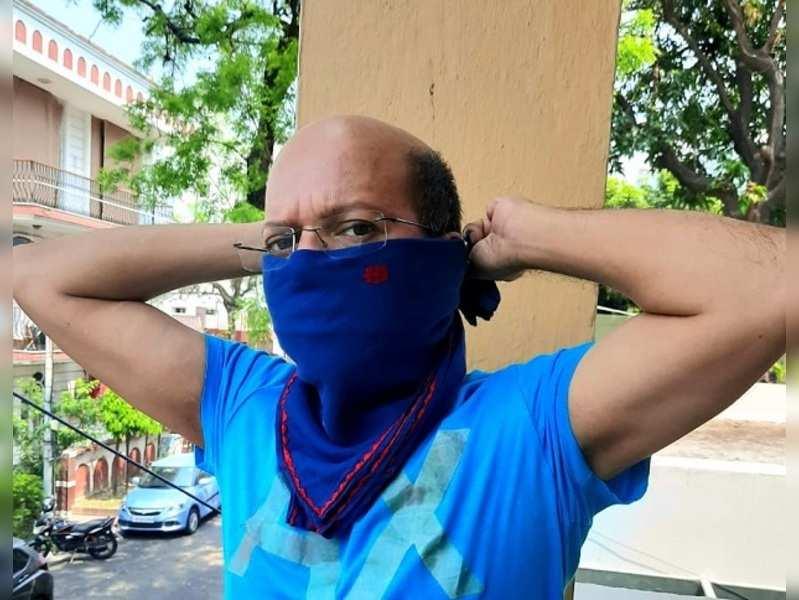 Choreographer Sudarshan Chakravorty supports the #MaskIndia movement