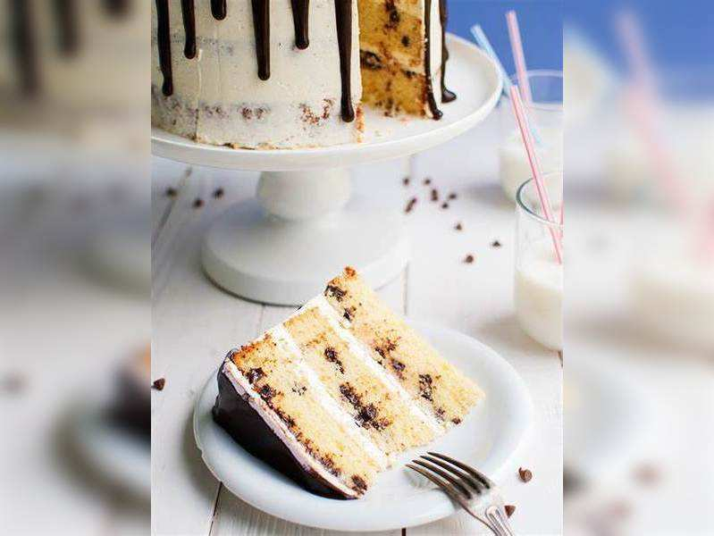 Tremendous Easy Birthday Cake Recipe Vanilla Chocolate Chips Times Of India Funny Birthday Cards Online Fluifree Goldxyz