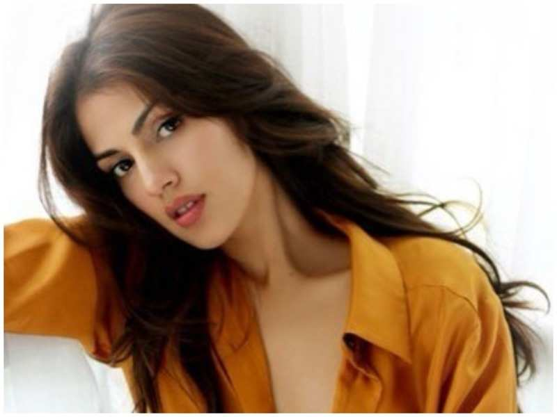 "Rhea Chakraborty feels that she has ""said too much"" in this Instagram post"