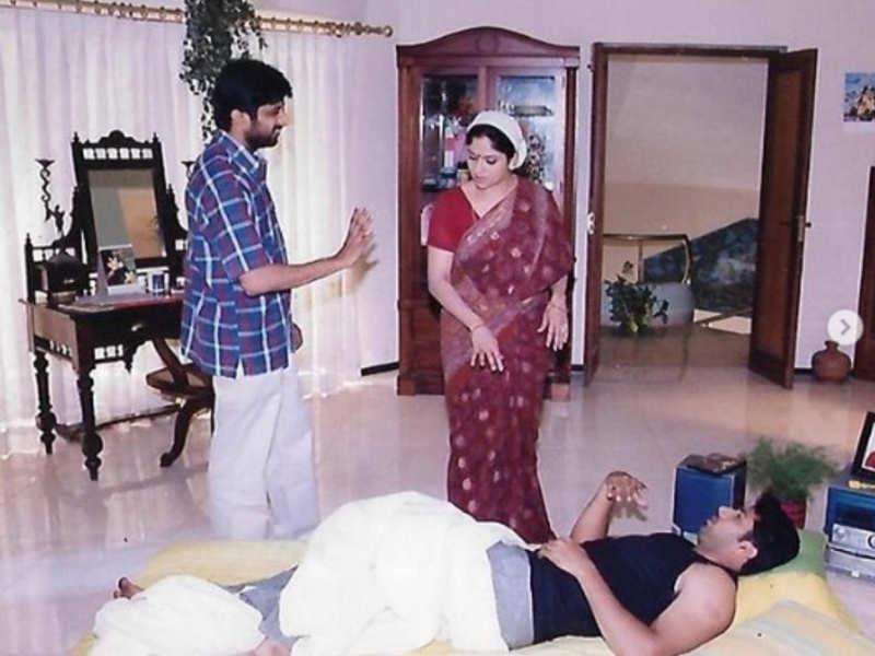 Nadiya Moidu posts throwback picture of Jayam Ravi-starrer M Kumaran, S/O Mahalakshmi