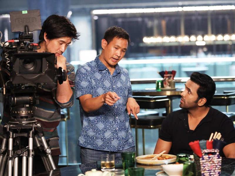 Mosagallu film trailer release now - filmi keeda review