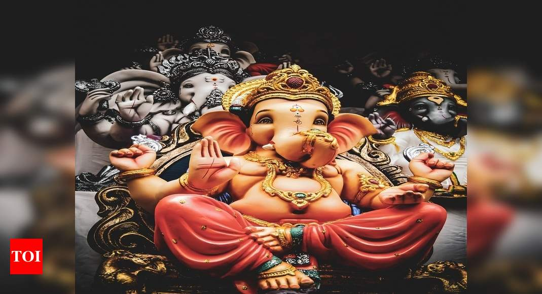 Ganesha Stotra: Chant early morning for a healthy & prosperous life - Times of India