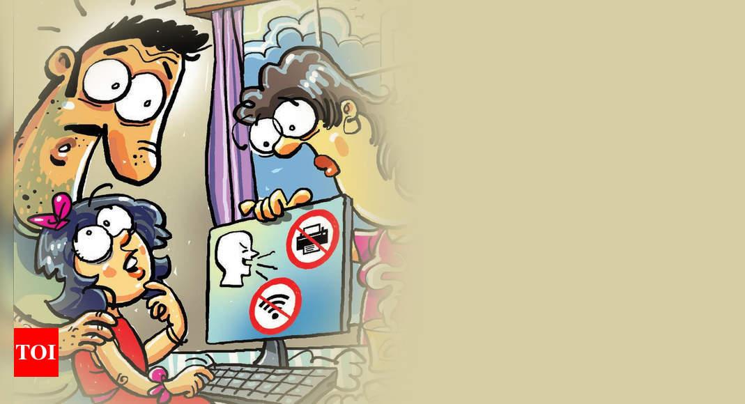children-free-clip-art-with-child-playing-dayasriod-top-2-clipartix-friends- clipart-kids-3103_2062 |