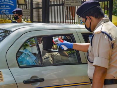 Sitting 6 Feet Apart Wearing Mask Amp Bringing Own Lunch To Be