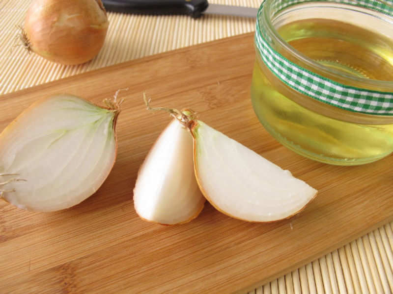 Onion juice - a solution for your hair problems - Times of India