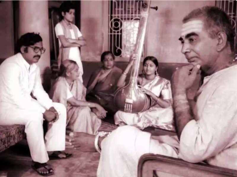 Sankarabharanam won four National Film Awards apart from Prize of Public at this film festival
