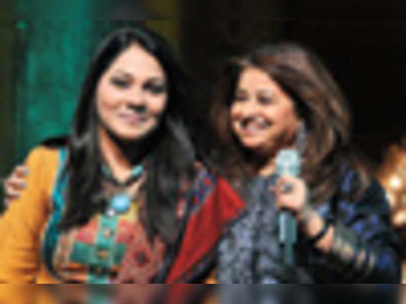 Rekha, Sanam performed in Hyderabad