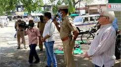 Flute artist Gajendra Gabhane's musical treat for cops