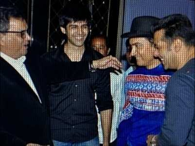 Unseen pic of Kartik with Aamir and Salman