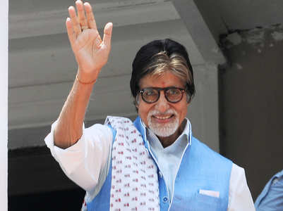 Online petition to disable Big B's WhatsApp