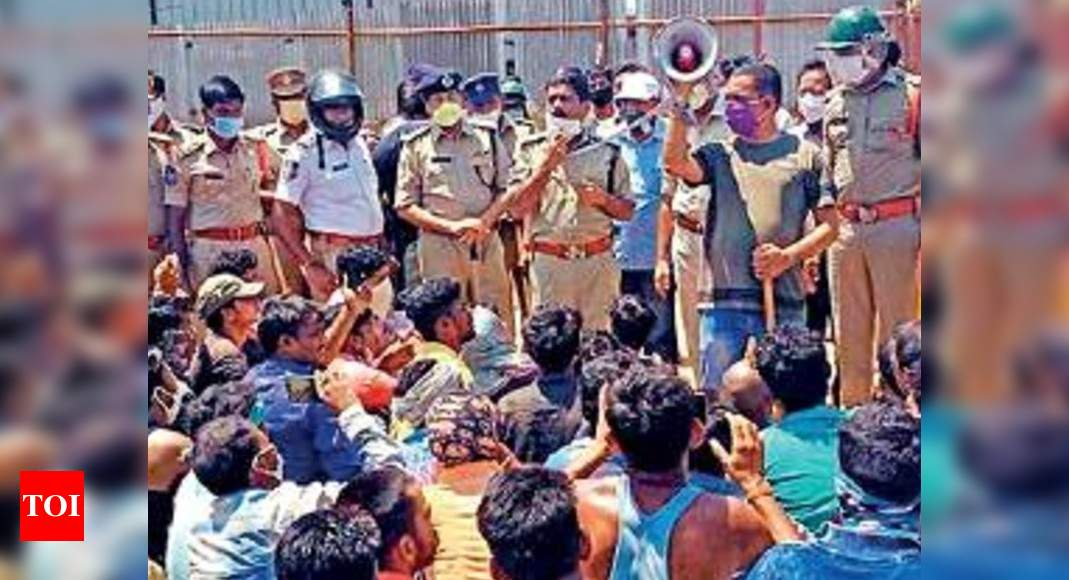 Unpaid for a month, over 2,000 migrants attack cops in Hyderabad | India News – Times of India
