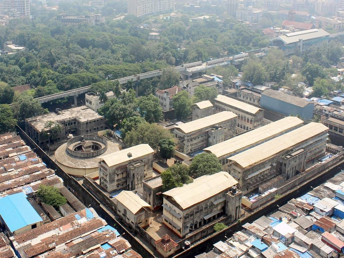 Mumbai: 72 inmates, 7 officials of Arthur Road jail test positive for  Covid-19 | Mumbai News - Times of India