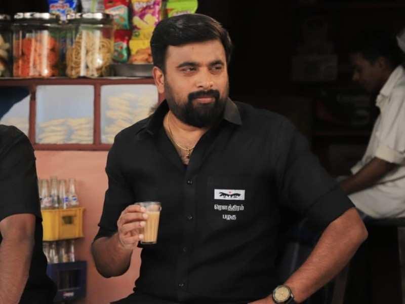 'Naadodigal 2' actor Sasikumar helps a farmer affected by Coronavirus lockdown