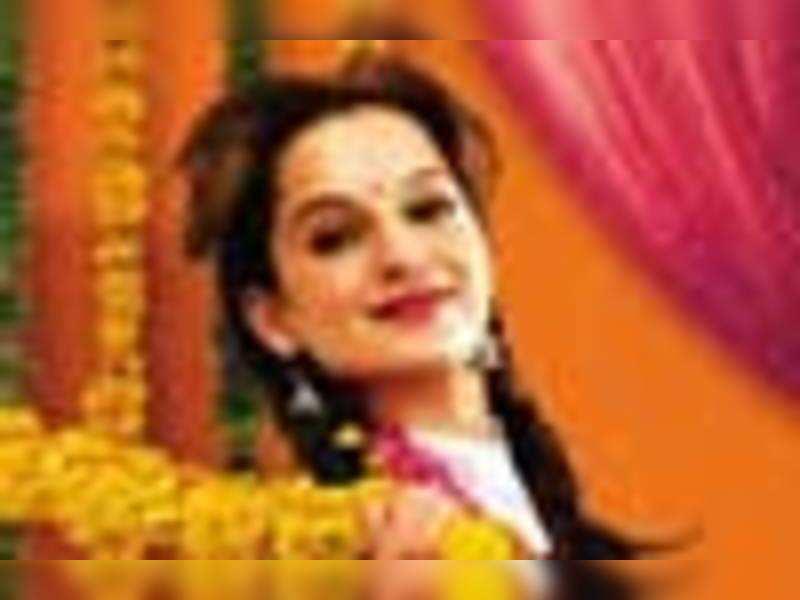 Tanu Weds Manu Movie Review Hindi Movie News Times Of India