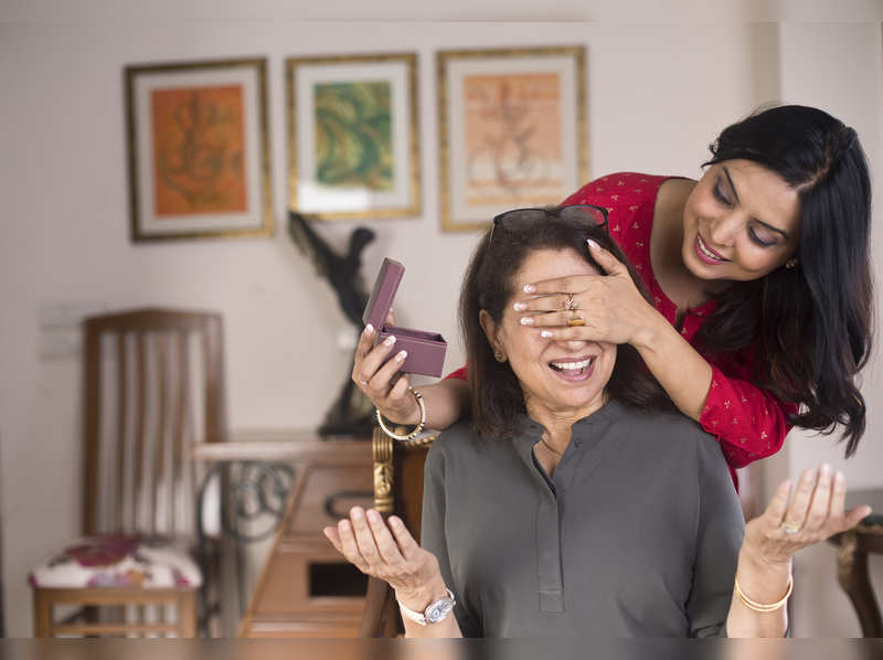 Mother's Day special: How about buying your mother some jewellery in lockdown?