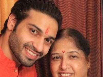 Vijayendra Kumeria's mom stuck in lockdown