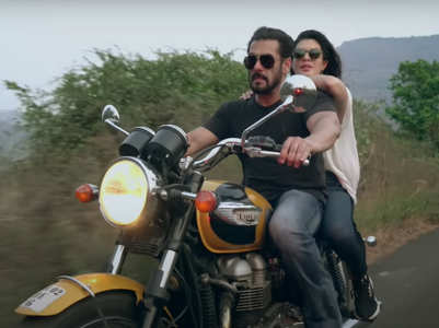 Watch: Salman-Jacqueline's song 'Tere Bina'