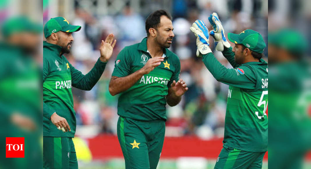 Pakistan's many senior cricketers set to be dropped from central contracts list – Times of India