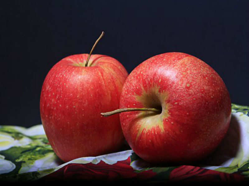 Apples can relieve constipation and diarrhoea both, just have to be eaten differently