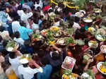 Social distancing norms flouted as crowd gathers for village fair in Karnataka, see pictures