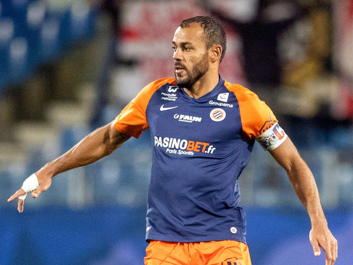 Montpellier captain Hilton signs contract extension at 42 | Football News -  Times of India