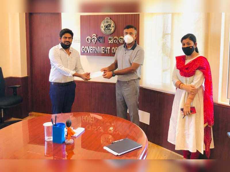 Ardhendu donates to CM Relief Fund