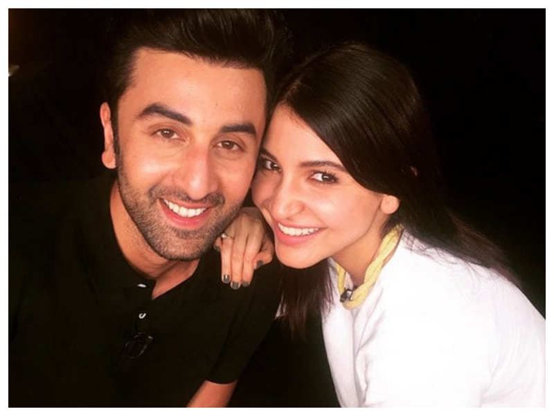 """Throwback Tuesday: Anushka Sharma finds her 'Ae Dil Hai Mushkil' co-star Ranbir Kapoor """"super annoying"""" and the reason will leave you in splits!"""
