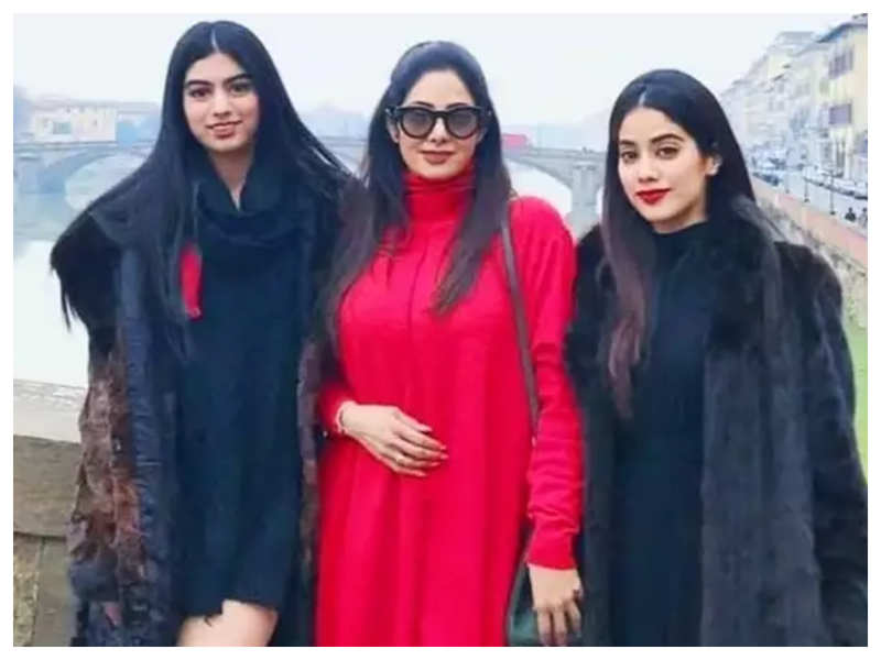 Khushi Kapoor reveals people made fun of her because she didn't look like her mother Sridevi and sister Janhvi Kapoor