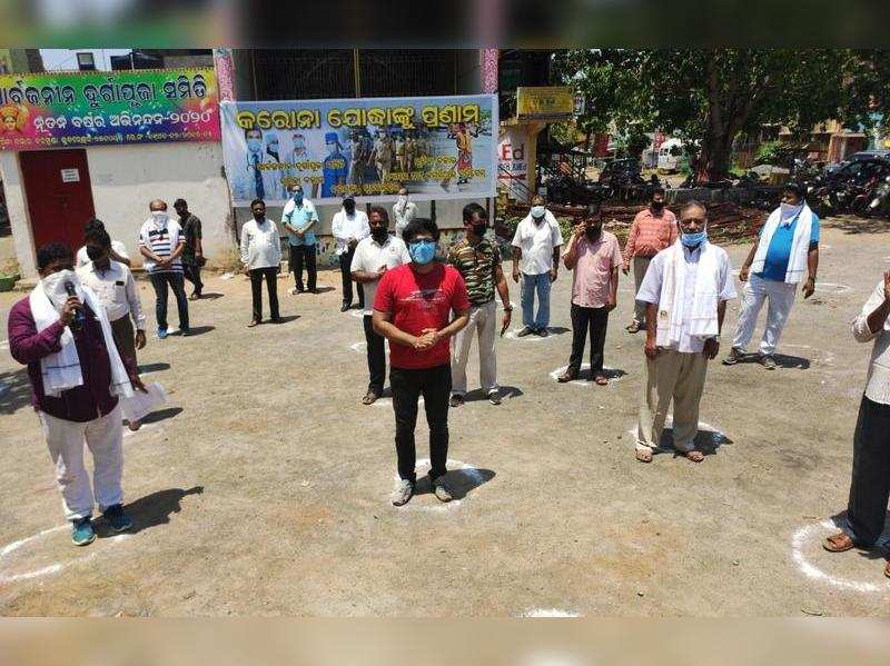 Sabyasachi Mishra helps fans in medical emergencies during lockdown