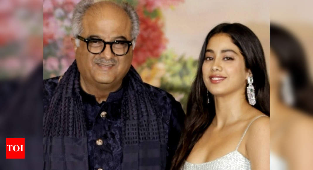 Janhvi, Khushi and others are not showing any symptoms of COVID-19: Boney Kapoor confirms in a statement after house help tests positive – Times of India