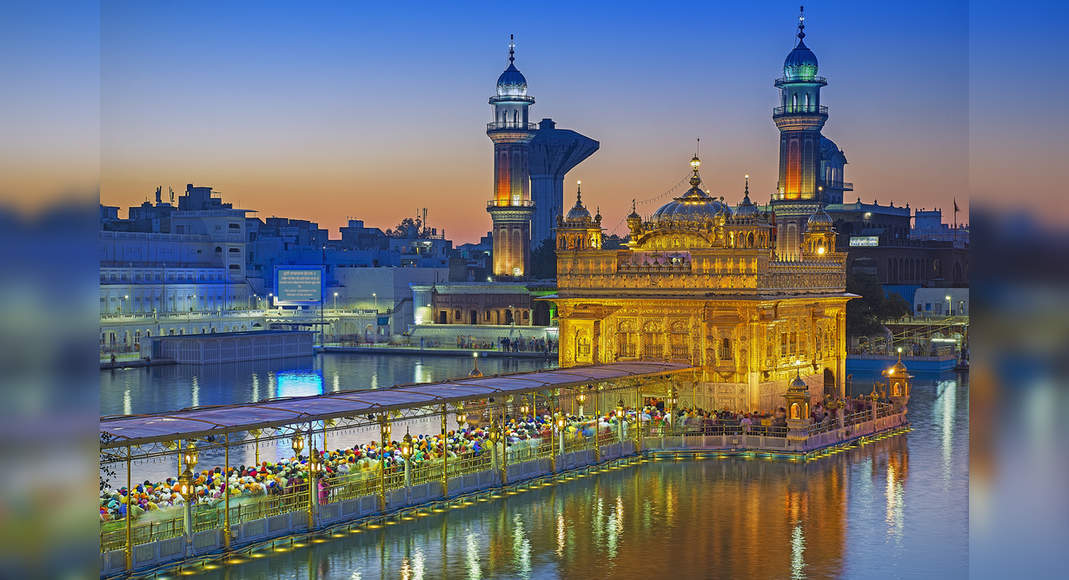 Devotees flock Golden Temple and other shrines in Amritsar, break social distancing rules