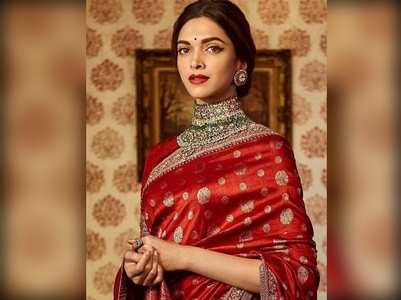 Photo: Deepika looks stunning in a red saree