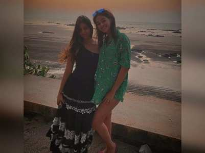 Ananya wishes BFF Suhana on her 20th bday