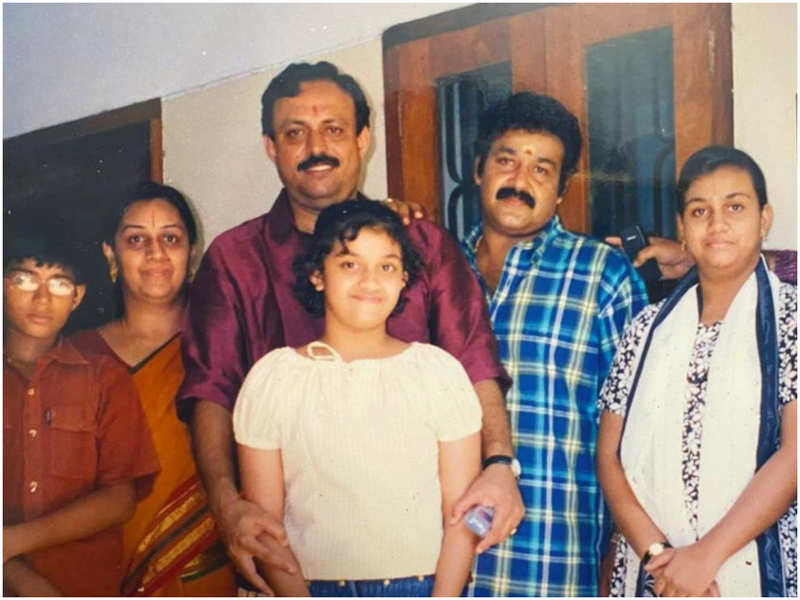 You cannot miss THIS throwback picture of Keerthy Suresh
