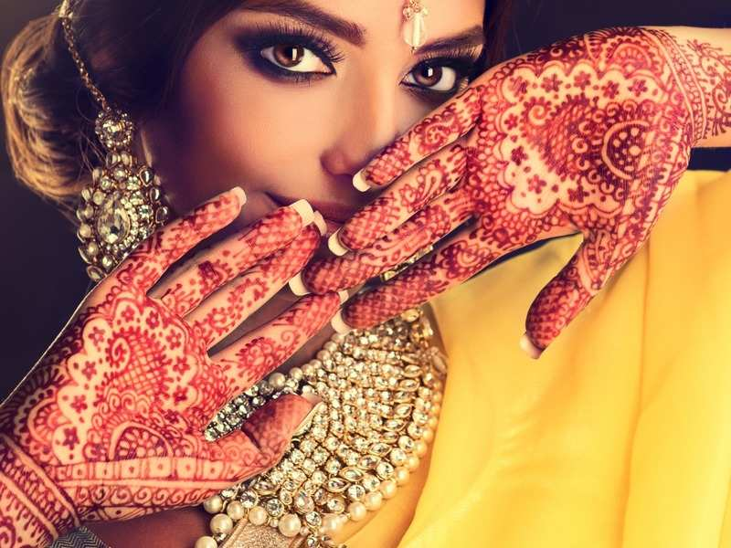 Happy Eid-ul-Fitr 2020: Easy mehendi designs you can try at home during the lockdown