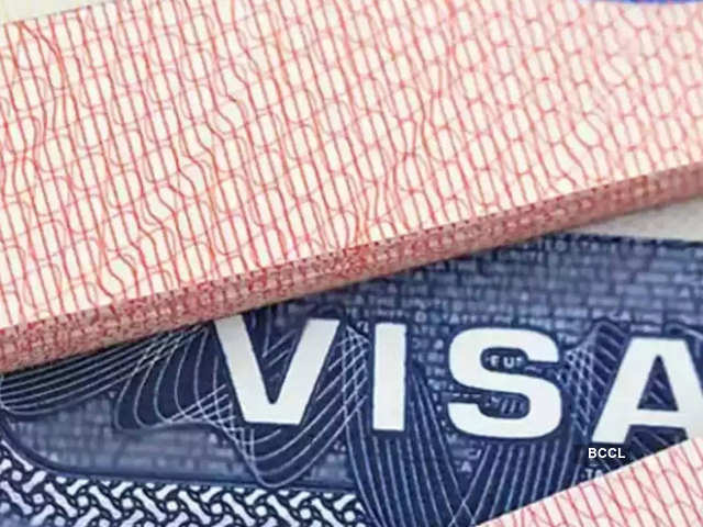 US lawmakers introduce H-1B legislation to give priority to American-educated foreign youths