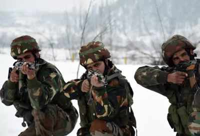 India China Border News: India Moves More Troops to Strengthen Front Line in East Ladakh | India News