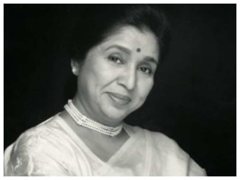 Asha Bhosle: Testing time teaching us power of togetherness
