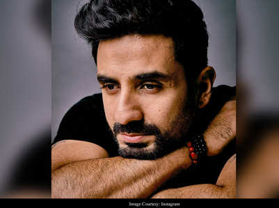 Video: Vir Das' neighbor sneezes at him