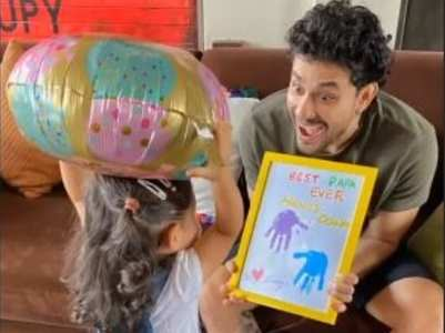 Pic: Inaaya's best b'day gift ever to Kunal