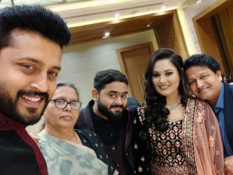 Watch - Uyire fame Amruth Kalam flaunts his culinary skills on Eid; prepares special mutton biryani with mom Gowher Nisa