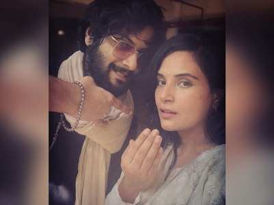 "Ali Fazal gives ""Eid Wala"" pose with Richa"